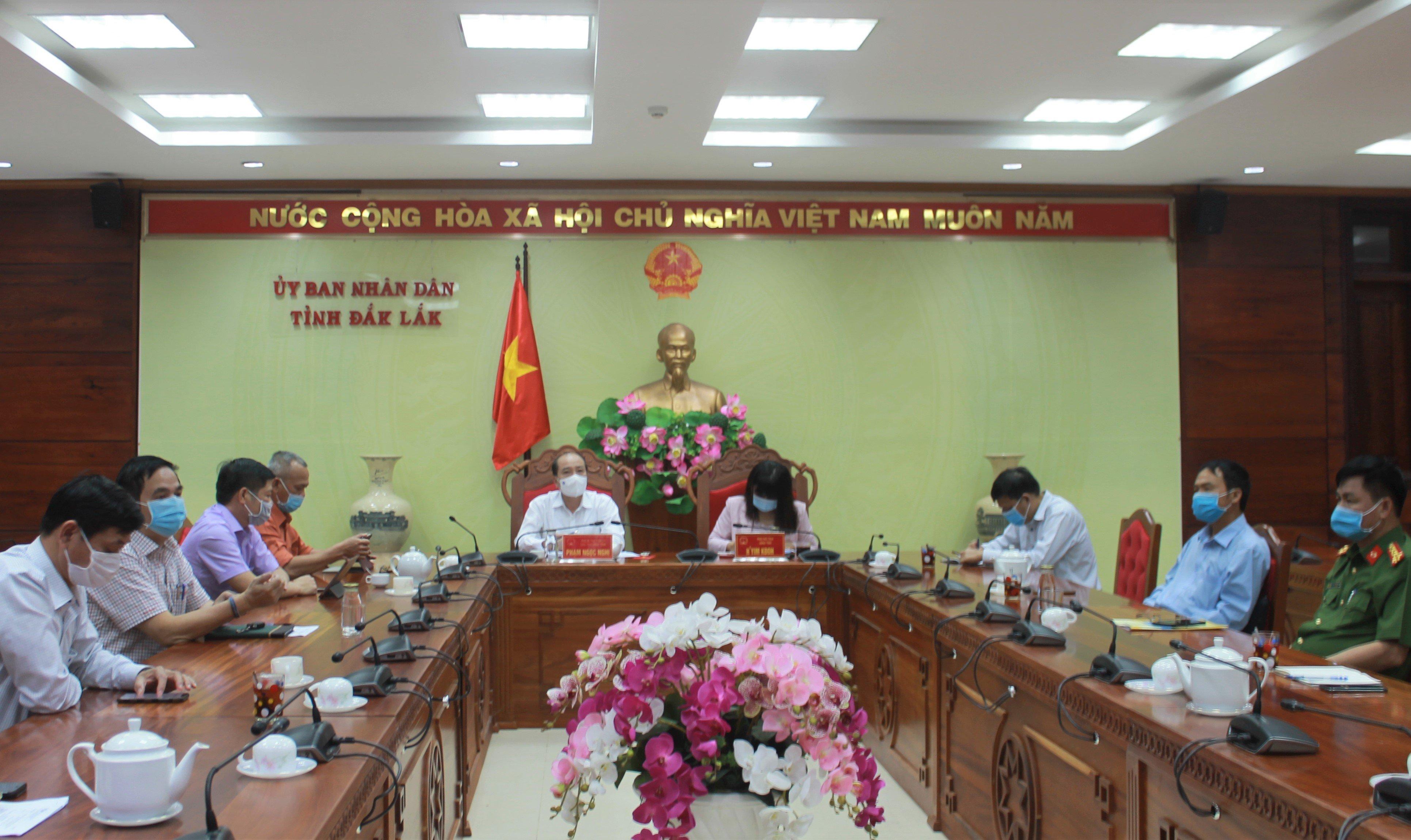 Chính phủ họp trực tuyến về công tác chống dịch Covid-19