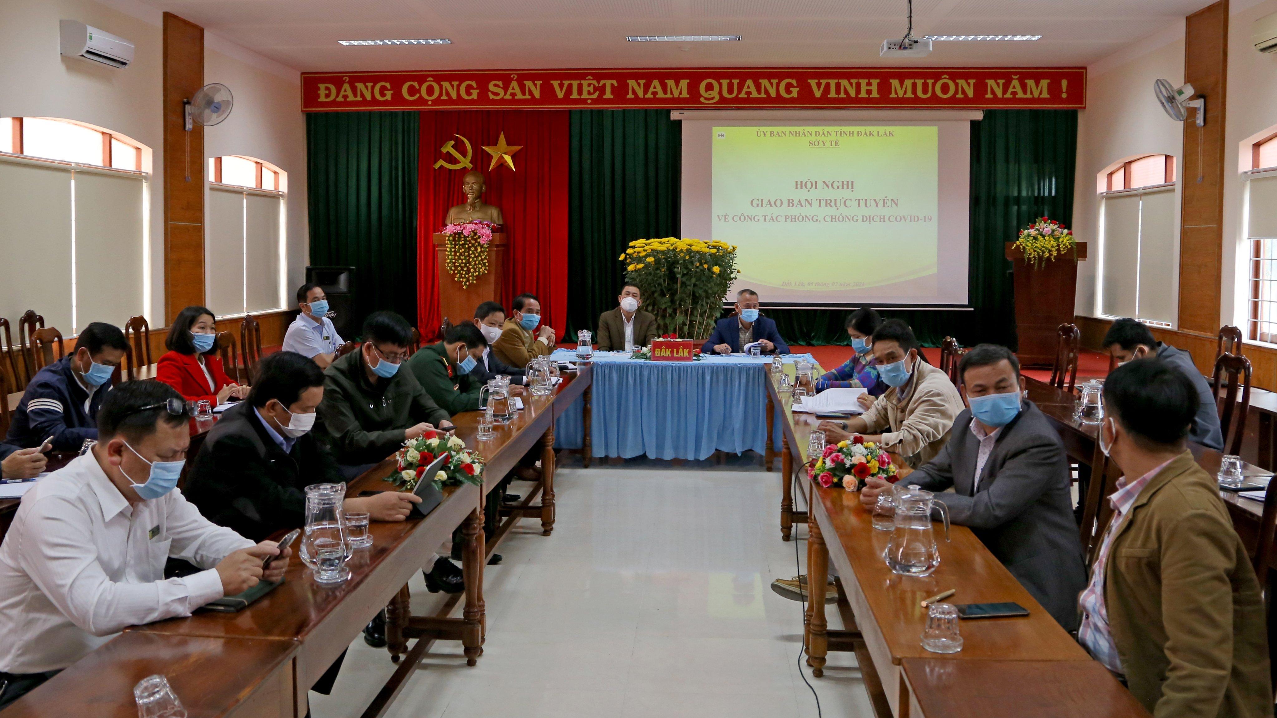 Bộ Y tế giao ban công tác phòng, chống dịch Covid-19 với các địa phương