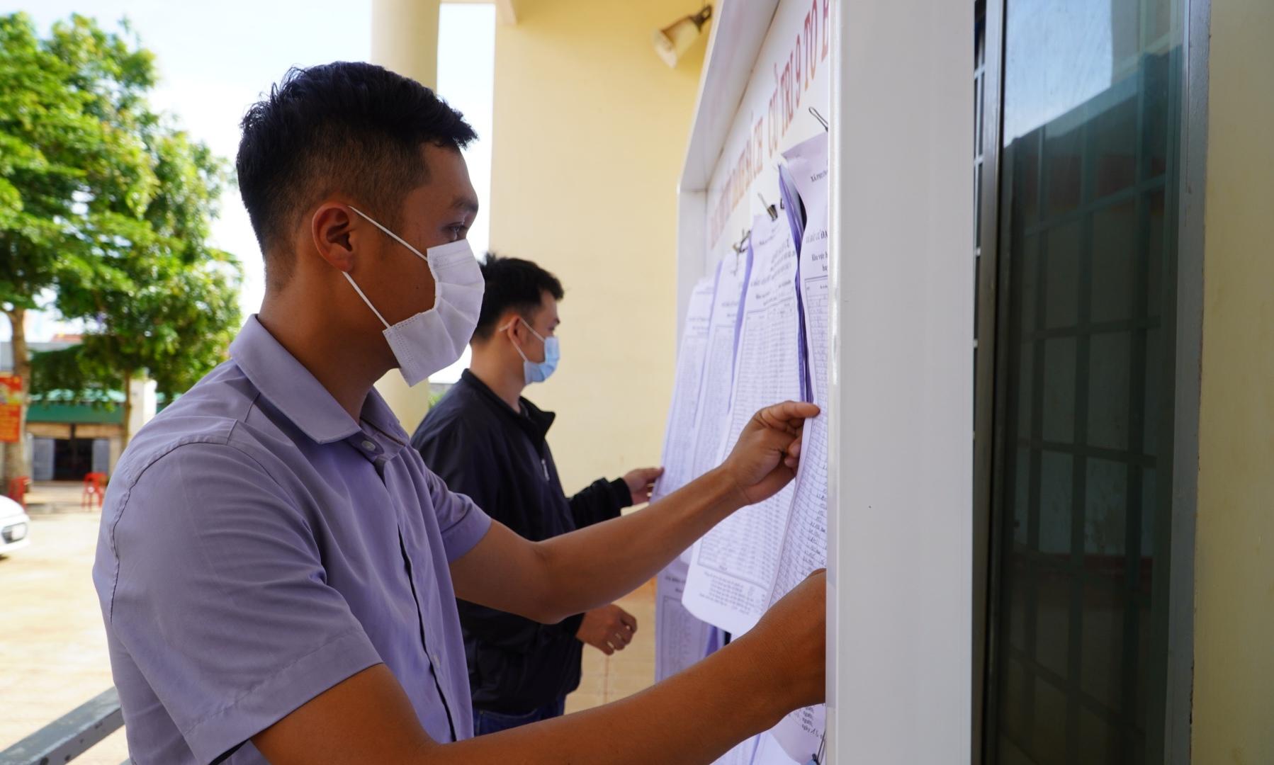 Ứng cử viên đại biểu HĐND tỉnh tiếp xúc cử tri xã Cư Kbô