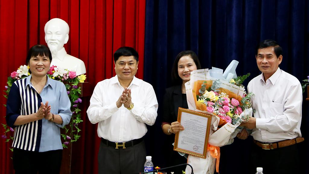 Lễ công bố, trao quyết định bổ nhiệm Trưởng Ban Nội chính Tỉnh ủy