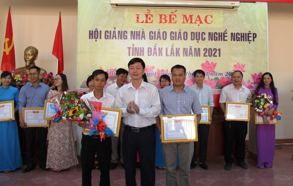 Bế mạc Hội giảng nhà giáo giáo dục nghề nghiệp tỉnh Đắk Lắk năm 2021