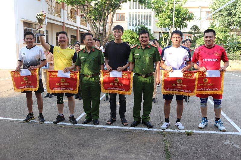 Hội thao truyền thống Công an huyện Krông Ana