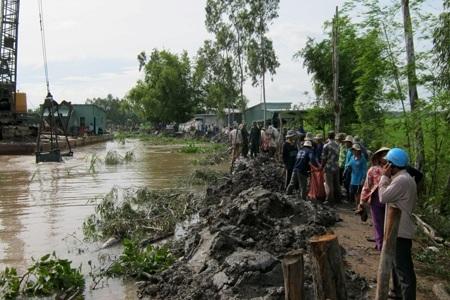 Hỗ trợ kinh phí để khắc phục thiệt hại do thiên tai gây ra trên địa bàn huyện Ea Súp đầu năm 2016.
