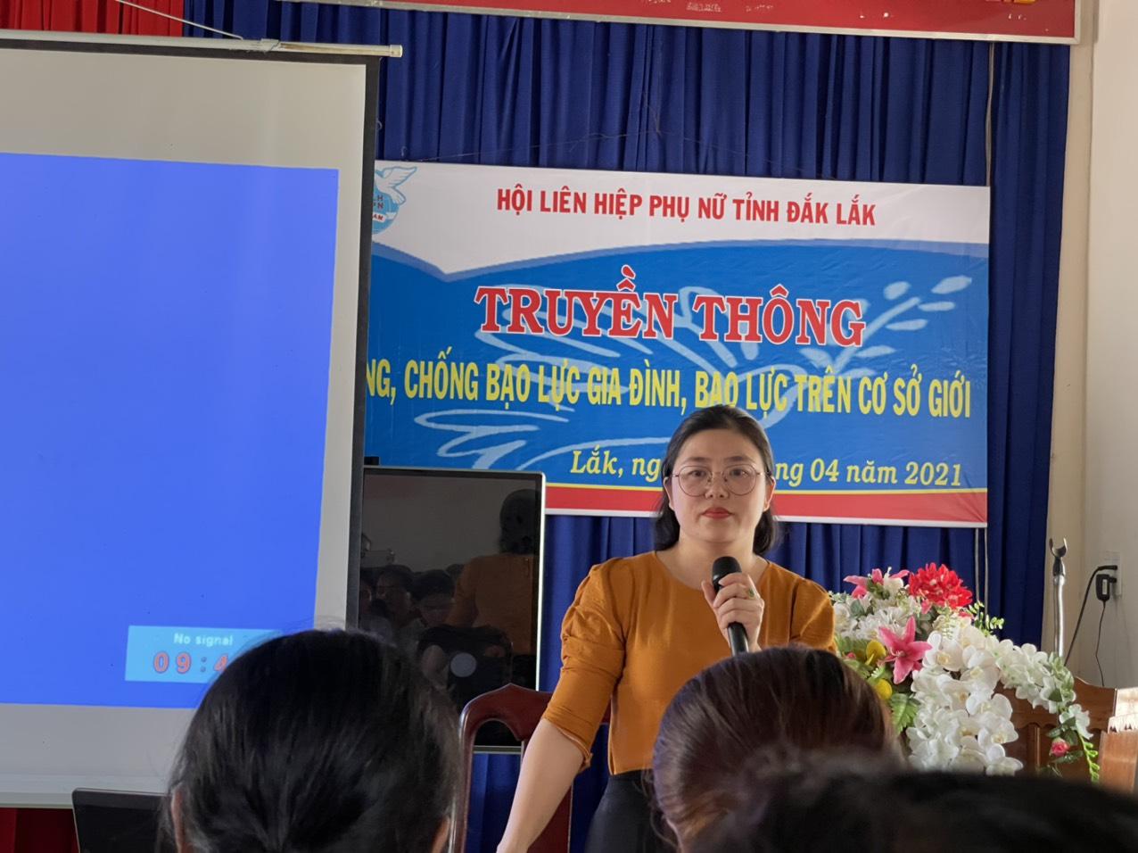 Truyền thông phòng, chống bạo lực gia đình cho trên 500 cán bộ, hội viên phụ nữ