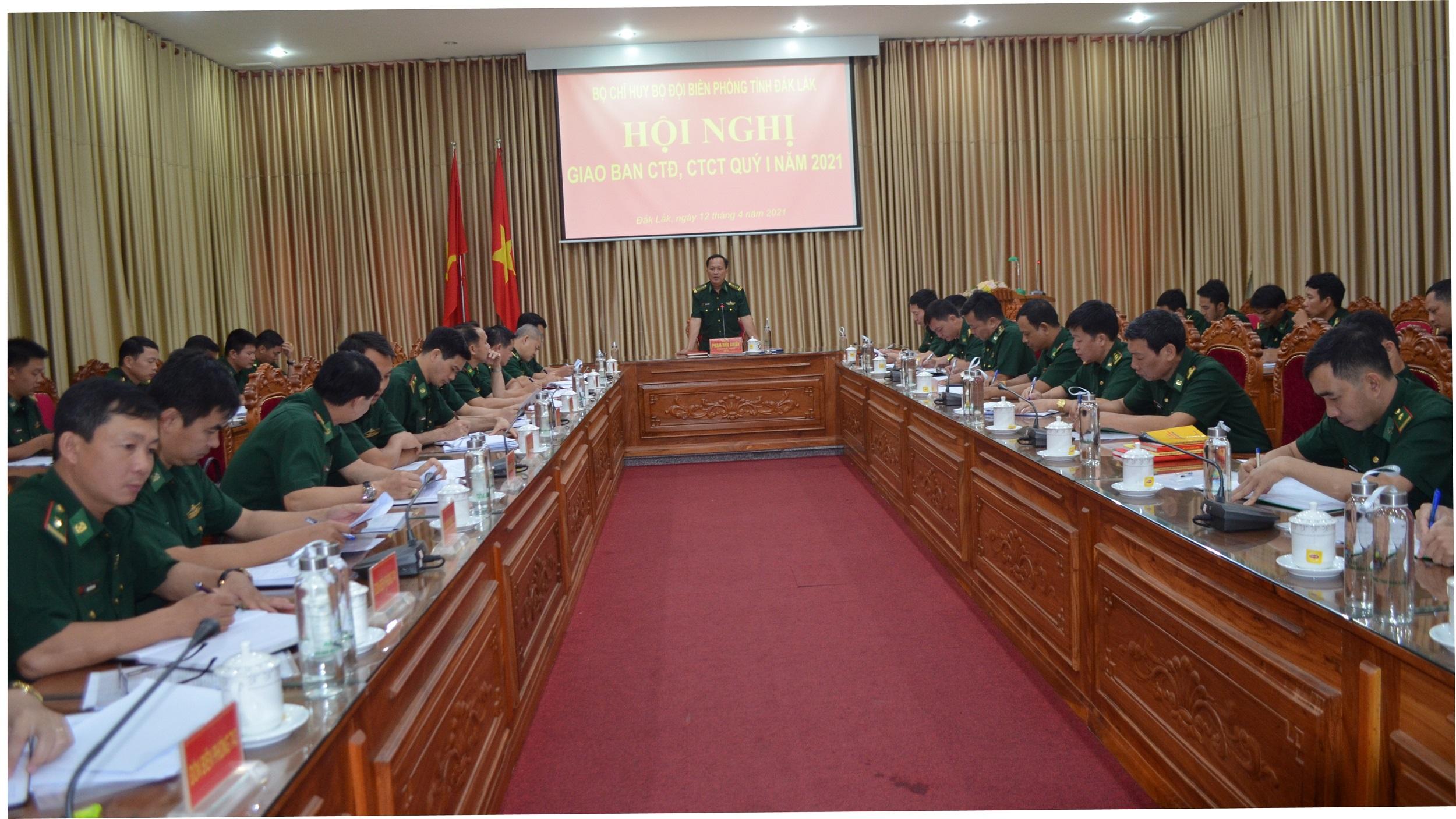 Bộ đội Biên phòng Đắk Lắk giao ban công tác đảng, công tác chính trị
