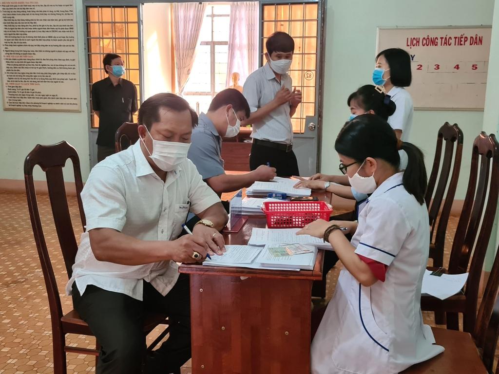 Huyện Ea H'Leo triển khai tiêm vắc xin phòng Covid-19 cho 600 người