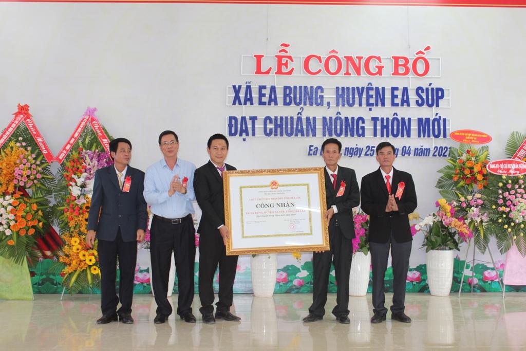 Xã biên giới đầu tiên của tỉnh Đắk Lắk đạt chuẩn nông thôn mới