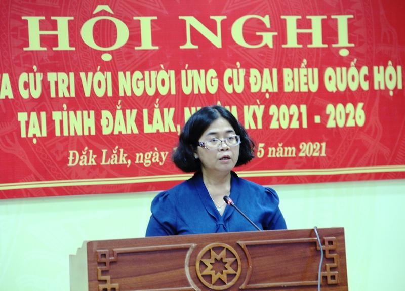 Ứng cử viên đại biểu Quốc hội khóa XV tiếp xúc cử tri trực tuyến