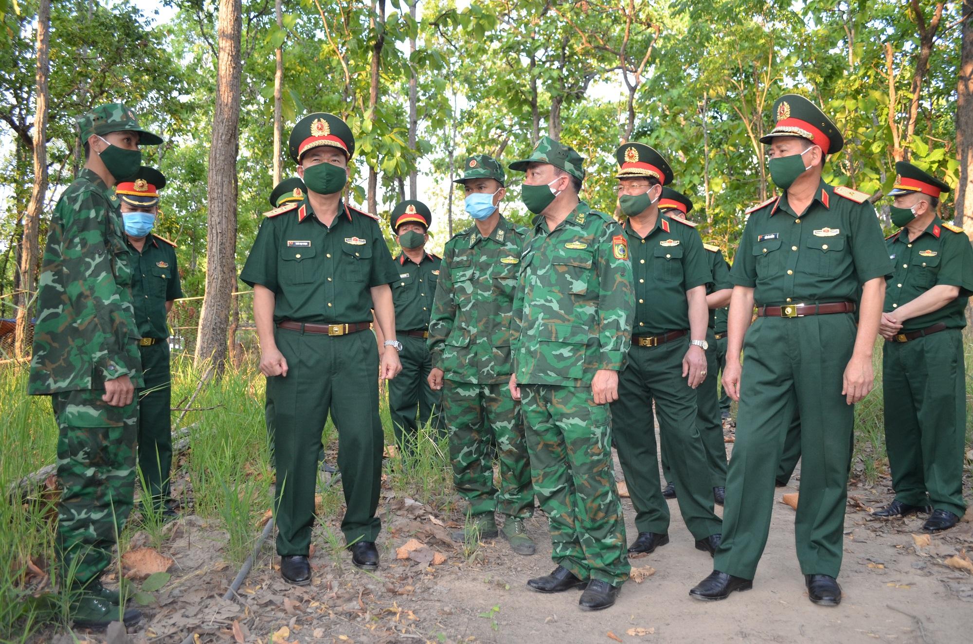 Bộ Tư lệnh Quân khu 5 kiểm tra công tác phòng, chống dịch trên biên giới tỉnh Đắk Lắk