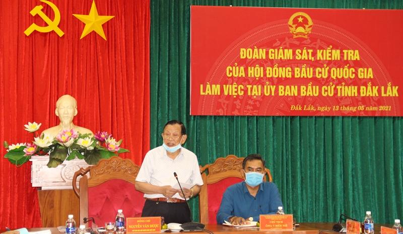 Đoàn giám sát, kiểm tra của Hội đồng bầu cử quốc gia làm việc với UBBC tỉnh Đắk Lắk
