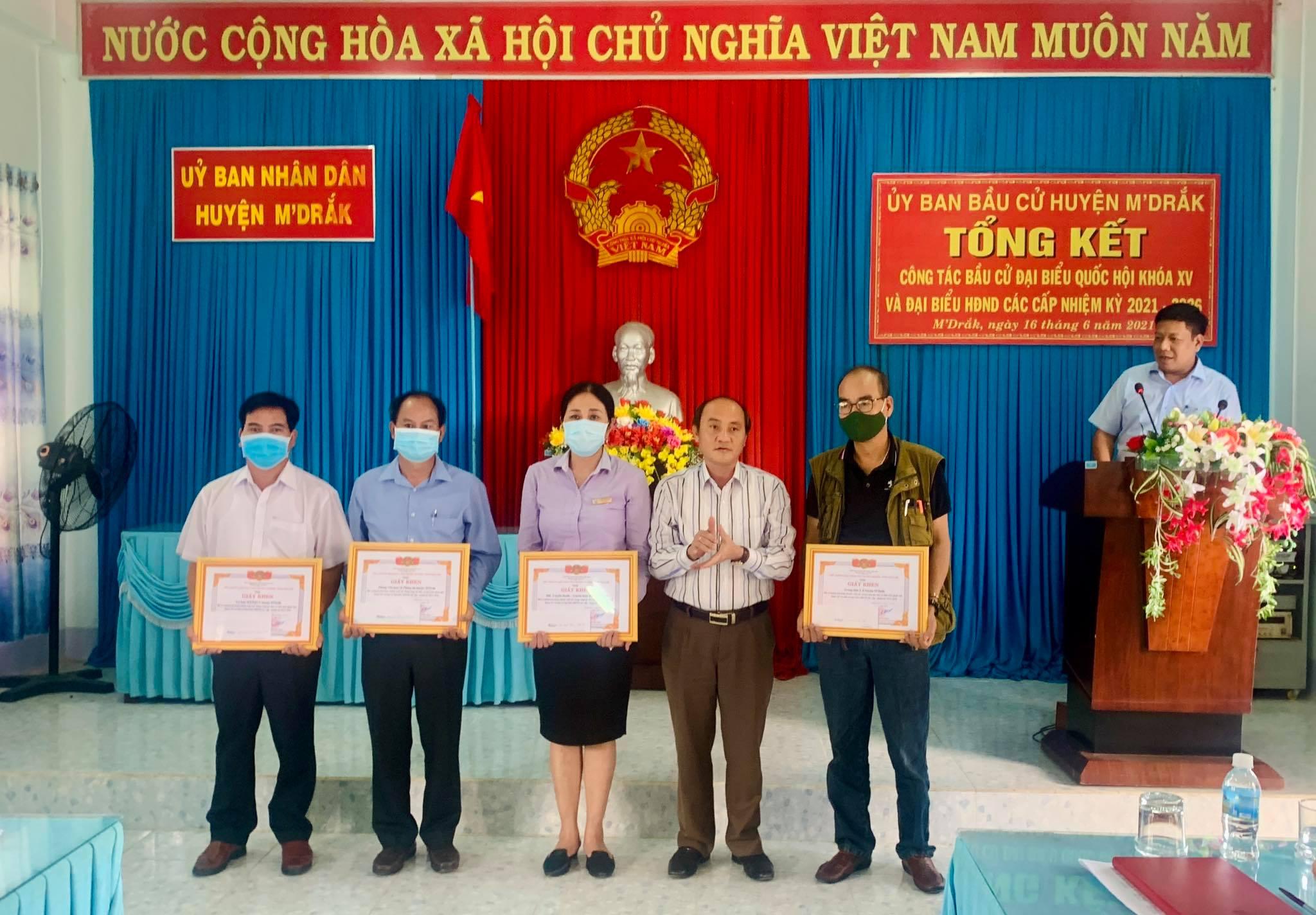 Huyện M'Drắk tổng kết công tác bầu cử Đại biểu Quốc hội khoá XV và HĐND các cấp nhiệm kỳ 2021-2026