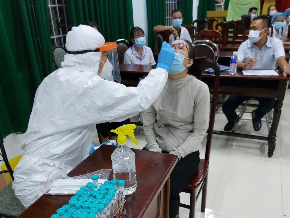 Ghi nhận thêm một trường hợp dương tính với SARS-CoV-2