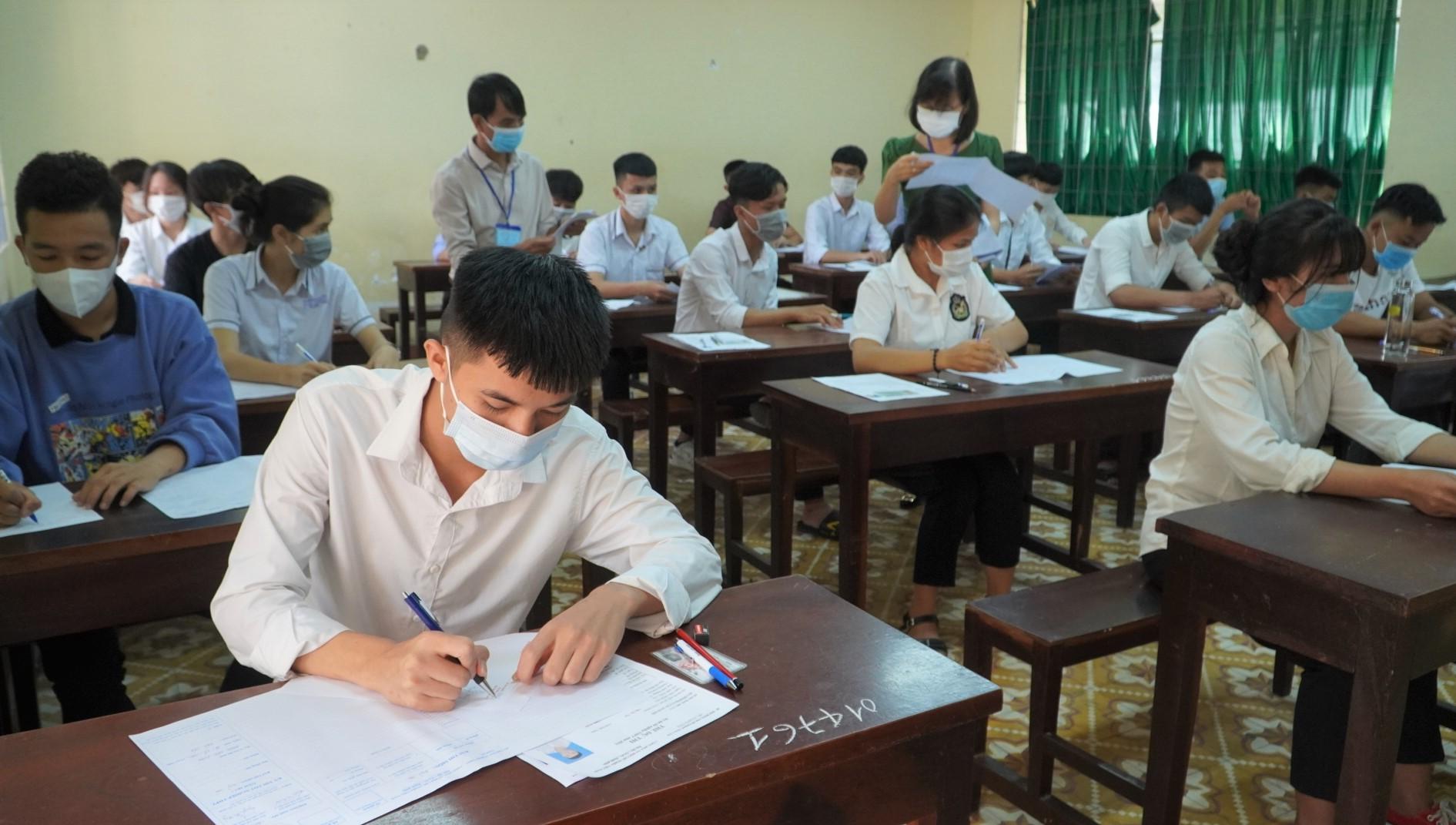 Đắk Lắk có 99,61% thí sinh dự thi môn Ngữ Văn