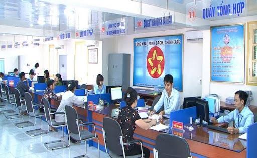 Quyết định Công bố Danh mục thủ tục hành chính được cung cấp, tiếp nhận và giải quyết trực tuyến trên hệ thống Cổng Dịch vụ công tỉnh Đắk Lắk