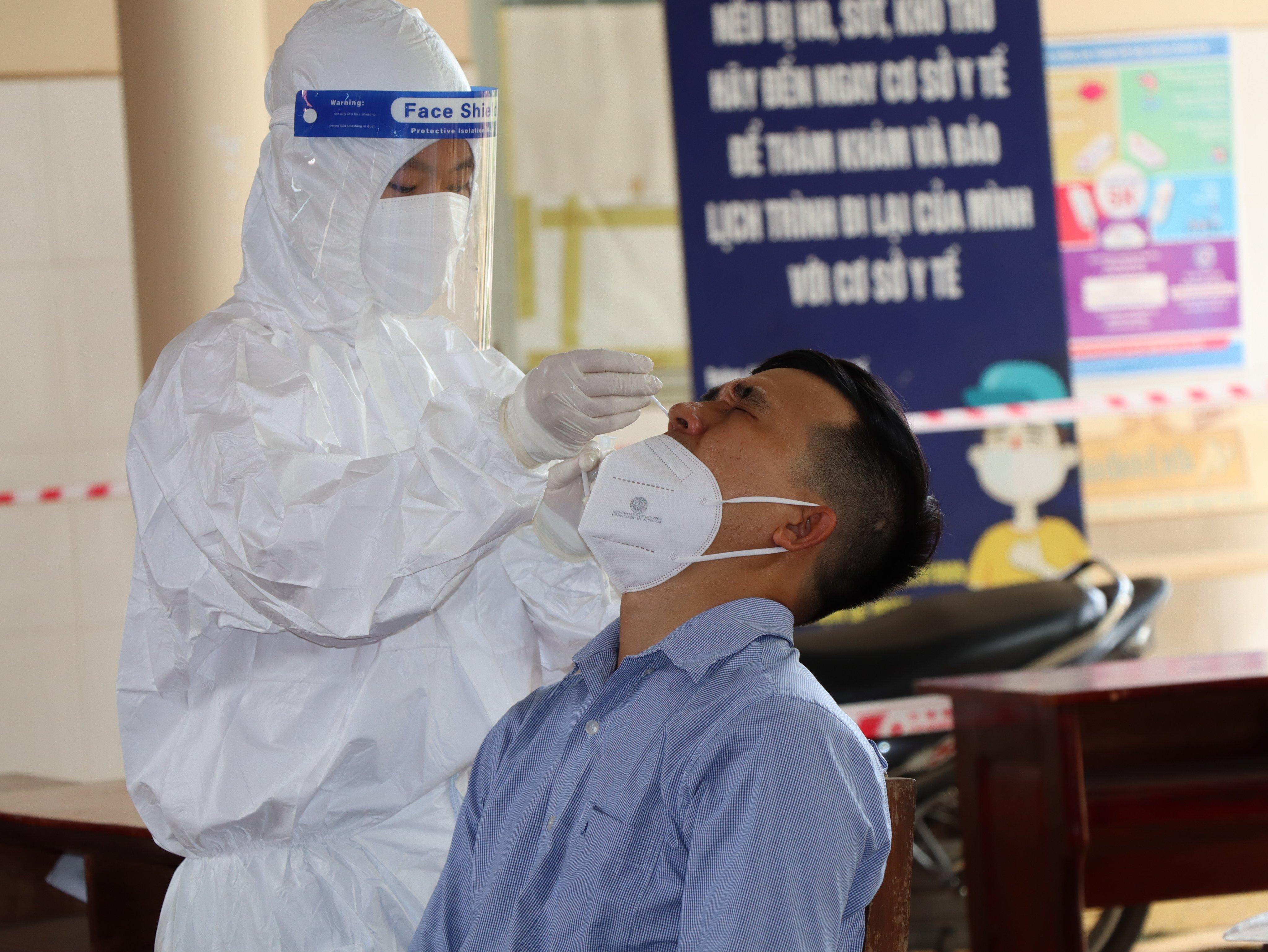 Ghi nhận thêm 10 trường hợp dương tính với SARS-CoV-2 trong ngày 14/9