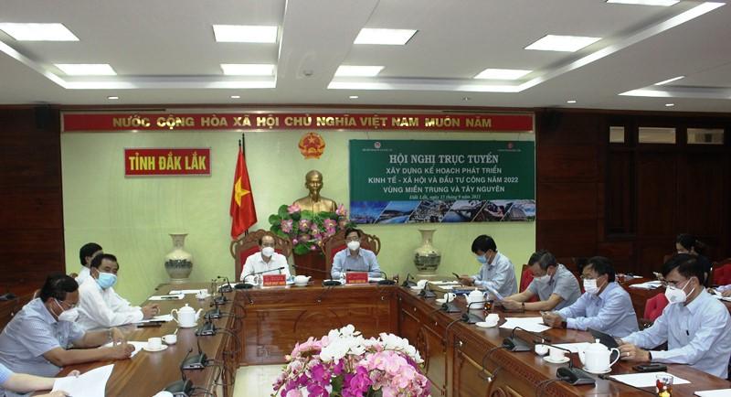 Hội nghị trực tuyến xây dựng kế hoạch phát triển kinh tế xã hội và đầu tư công năm 2022 vùng Miền Trung và Tây Nguyên