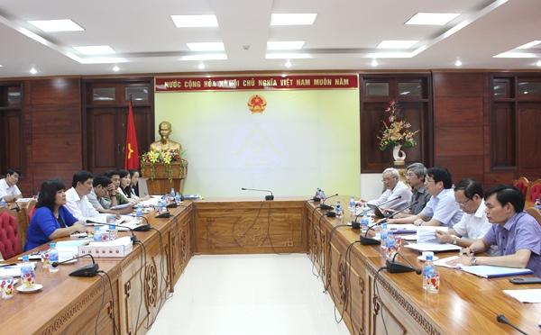 Đoàn công tác của Bộ Giáo dục và Đào tạo kiểm tra công tác chuẩn bị cho kỳ thi THPT Quốc gia năm 2016 tại Đắk Lắk