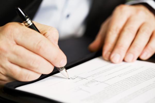 Đồng ý chủ trương cho Sở Tài nguyên và Môi trường tiếp tục ký hợp đồng lao động