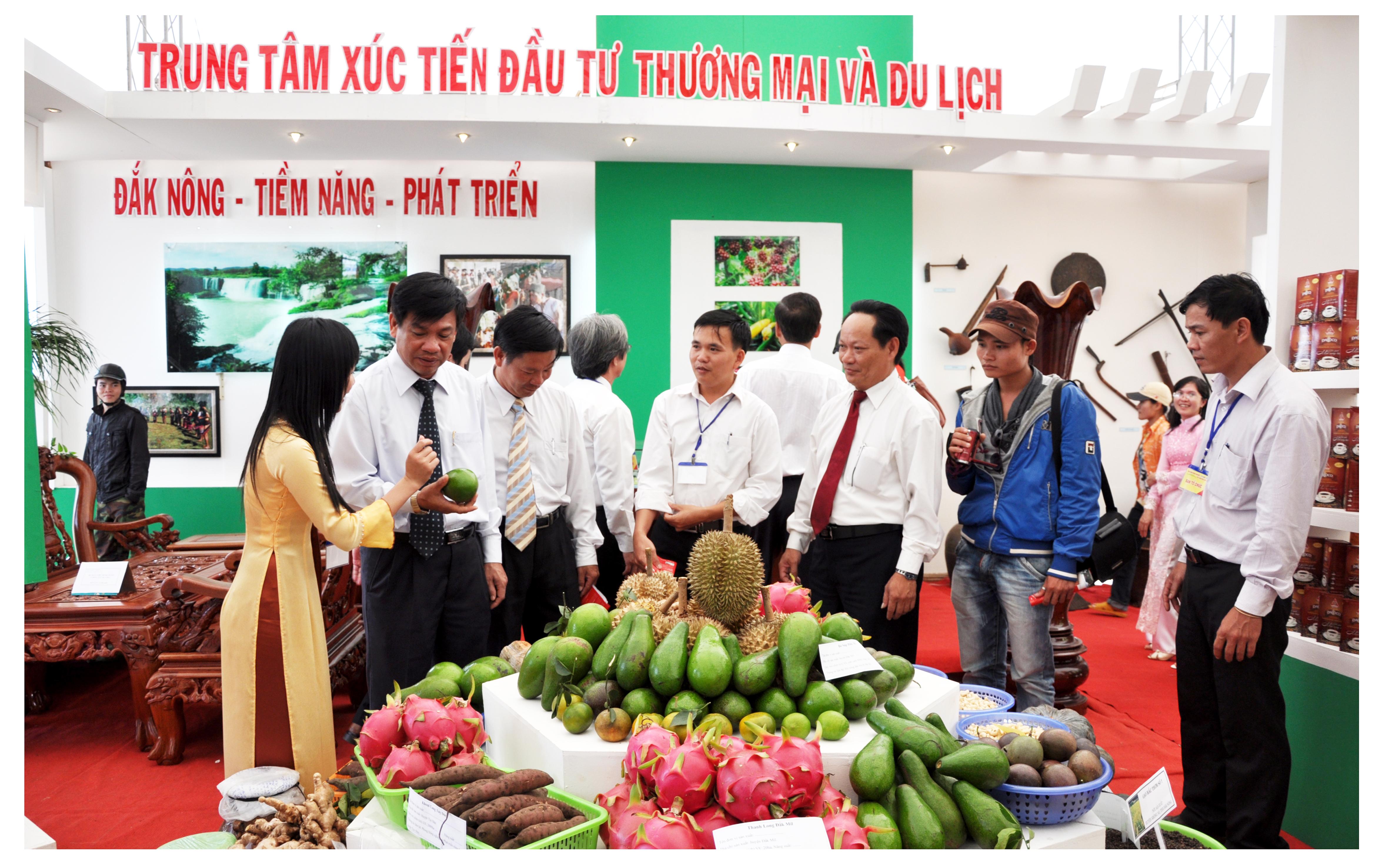 Tham gia dự án Tăng cường thương mại hóa và tính cạnh tranh trong nông nghiệp (ACCESP)