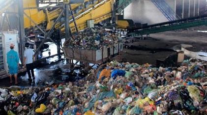 Đầu tư xây dựng nhà máy xử lý chất thải rắn