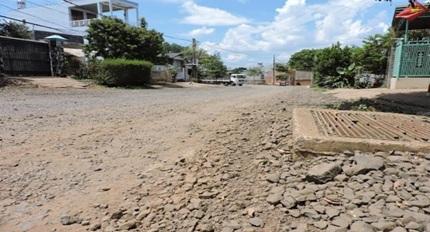 Phê duyệt kế hoạch lựa chọn nhà thầu công trình Nâng cấp đường