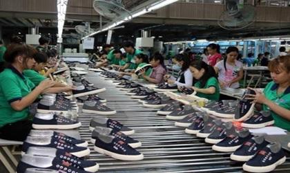 Báo cáo phục vụ công tác kiểm tra và điều chỉnh Quy hoạch phát triển ngành Công nghiệp Da- Giầy Việt Nam