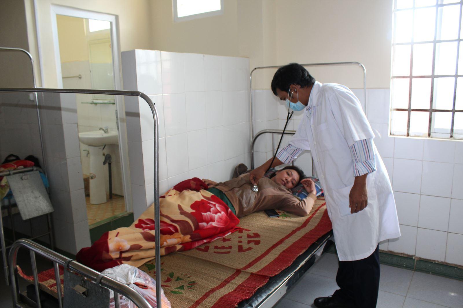 Phê duyệt điều chỉnh Báo cáo kinh tế kỹ thuật công trình Bệnh viện Đa khoa huyện M'Drắk hạng mục: Cải tạo, nâng cấp Khu khám Đa khoa