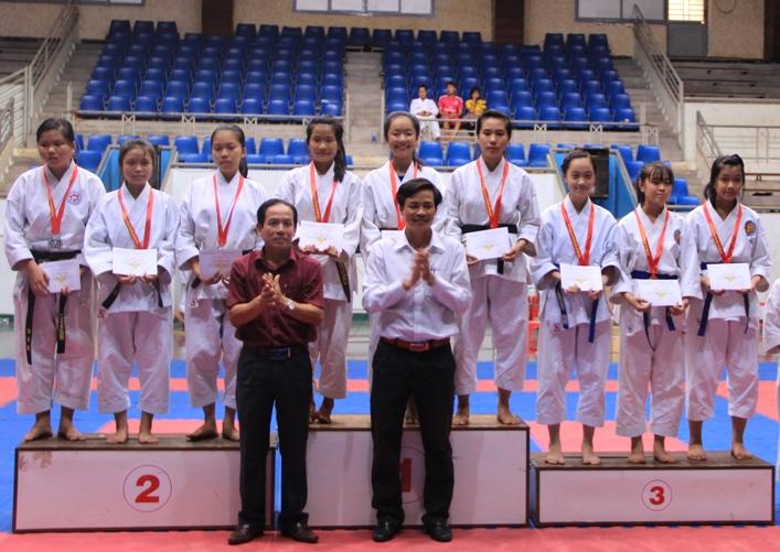 Hơn 200 vận động viên dự tranh Giải vô địch Karatedo tỉnh Đắk Lắk năm 2016.