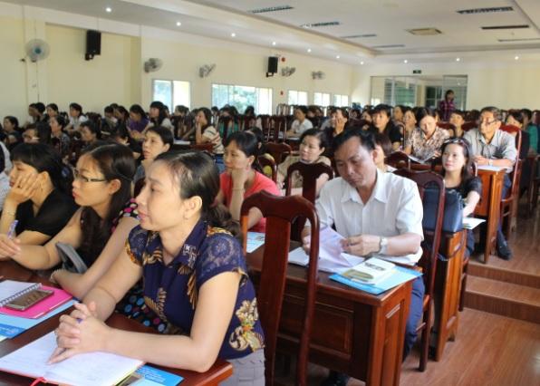 Tuyên truyền Luật Bảo hiểm xã hội, Luật Bảo hiểm y tế cho các trường học tại thành phố Buôn Ma Thuột.