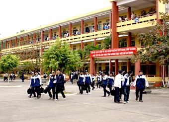 Thành lập Ban Chỉ đạo xây dựng trường học đạt chuẩn Quốc gia tỉnh Đắk Lắk, giai đoạn 2016 - 2020