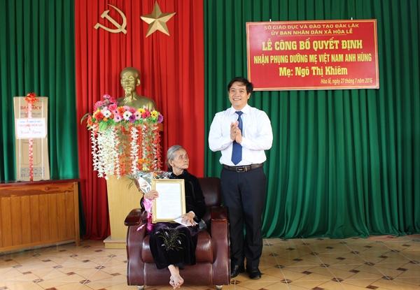 Sở Giáo dục và Đào tạo nhận phụng dưỡng Mẹ Việt Nam Anh hùng