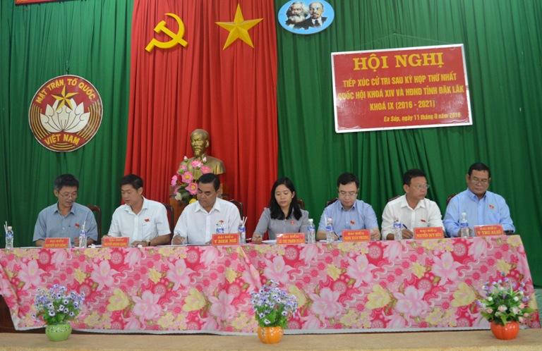Đoàn Đại biểu Quốc hội, HĐND tỉnh tiếp xúc cử tri tại huyện Ea Súp.