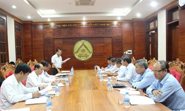 Đoàn công tác của Tổng Công ty Điện lực Miền Trung thăm và làm việc tại tỉnh.