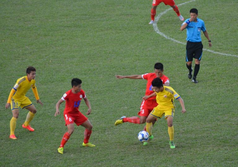 Vòng cuối Giải bóng đá Hạng Nhất Quốc gia năm 2016: CLB Đắk Lắk thắng Đồng Nai 4-0, xếp hạng 6 chung cuộc.