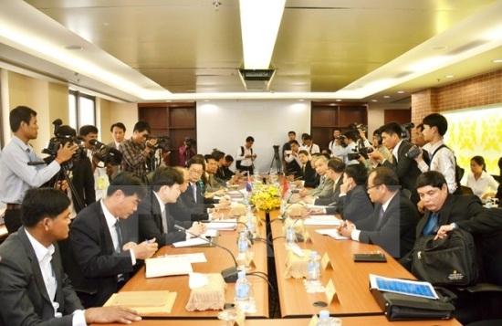 Việt Nam và Campuchia họp phân giới, cắm mốc biên giới đất liền