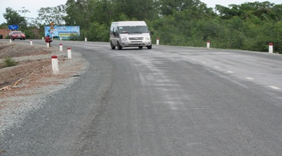 Phê duyệt quyết toán dự án hoàn thành công trình đường đến trung tâm xã Cư M'gar, huyện Cư M'gar, hạng mục gói thầu số 1