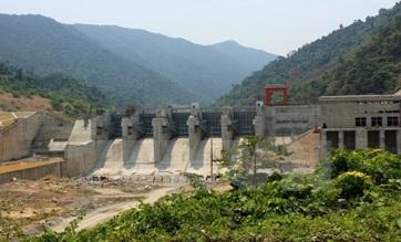 Dừng chủ trương chuyển mục đích sử dụng rừng đặc dụng và đất lâm nghiệp để xây dựng nhà máy thủy điện Đrăng Phôk, tỉnh Đắk Lắk