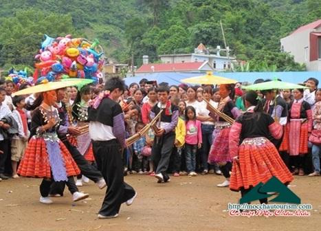 Bộ VHTT&DL tổ chức Ngày hội văn hóa dân tộc Mông toàn quốc lần thứ II, tại tỉnh Hà Giang, năm 2016.