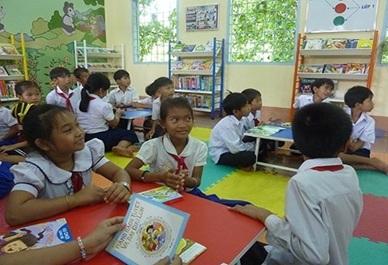 Tiếp nhận các dự án tài trợ, viện trợ cho giáo dục từ tổ chức, cá nhân.