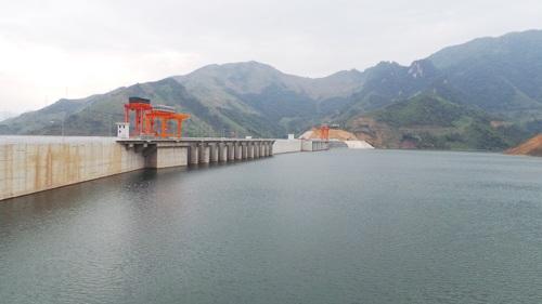 Phê duyệt Phương án phòng, chống lụt, bão năm 2016 công trình thủy lợi Hồ chứa nước Quê Hương, thành phố Buôn Ma Thuột