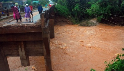 Hỗ trợ kinh phí khắc phục thiệt hại do thiên tai gây ra trên địa bàn huyện Ea H'leo