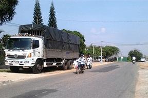 Điều chỉnh tổng mức đầu tư dự án Đường giao thông đến trung tâm xã Ea Sô, huyện Ea Kar