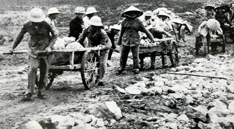 Thống kê đối tượng thanh niên xung phong cơ sở ở Miền Nam tham gia kháng chiến giai đoạn 1965- 1975