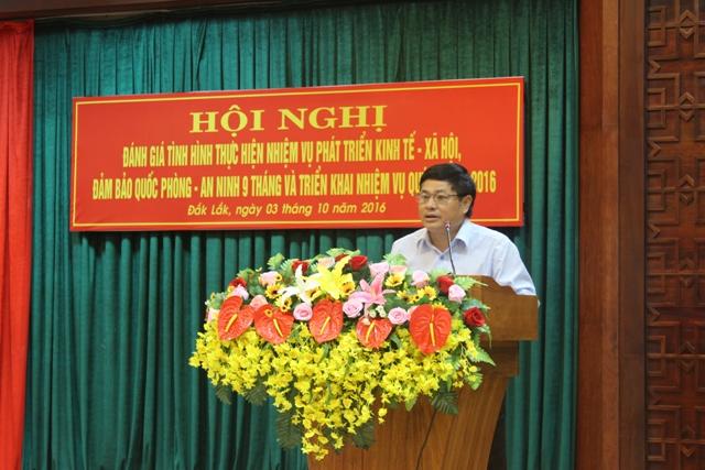 UBND tỉnh Sơ kết tình hình thực hiện nhiệm vụ phát triển kinh tế - xã hội 9 tháng và triển khai công tác quý IV năm 2016
