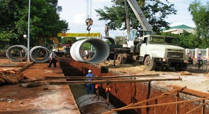 Phê duyệt kế hoạch lựa chọn nhà thầu gói thầu tư vấn khảo sát, thiết kế bản vẽ thi công- dự toán thuộc dự án Hệ thống thoát nước khu trung tâm hành chính huyện Cư Kuin