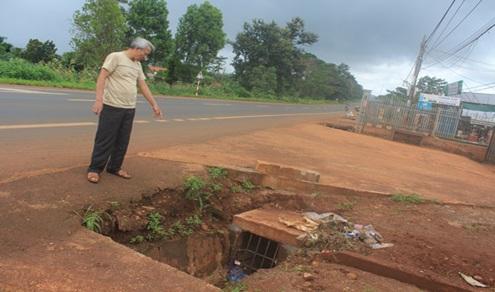 Đề nghị giải quyết các tồn tại, bất cập trên đường Hồ Chí Minh đoạn qua địa bàn tỉnh Đắk Lắk