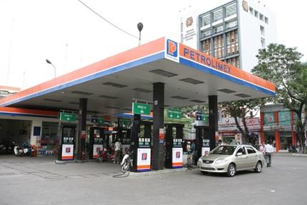 Di dời, giải toả 5 cửa hàng xăng dầu trên địa bàn thị xã Buôn Hồ.