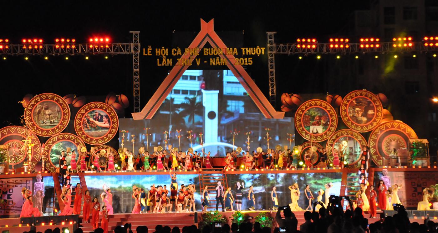 Quyết định thành lập Ban Chỉ đạo Lễ hội cà phê Buôn Ma Thuột lần thứ VI và Liên hoan Văn hóa cồng chiêng Tây Nguyên năm 2017