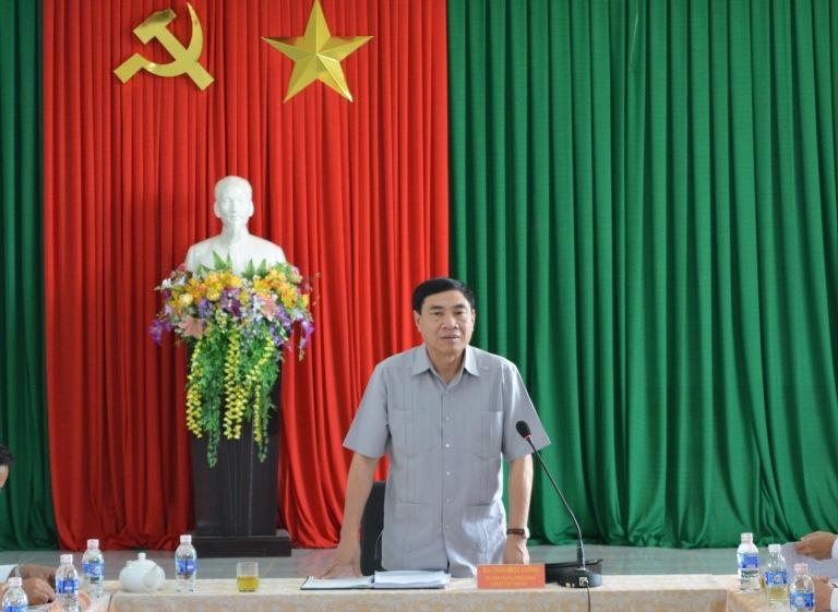Đoàn công tác của Thường trực Tỉnh ủy làm việc với Huyện ủy Krông Búk.