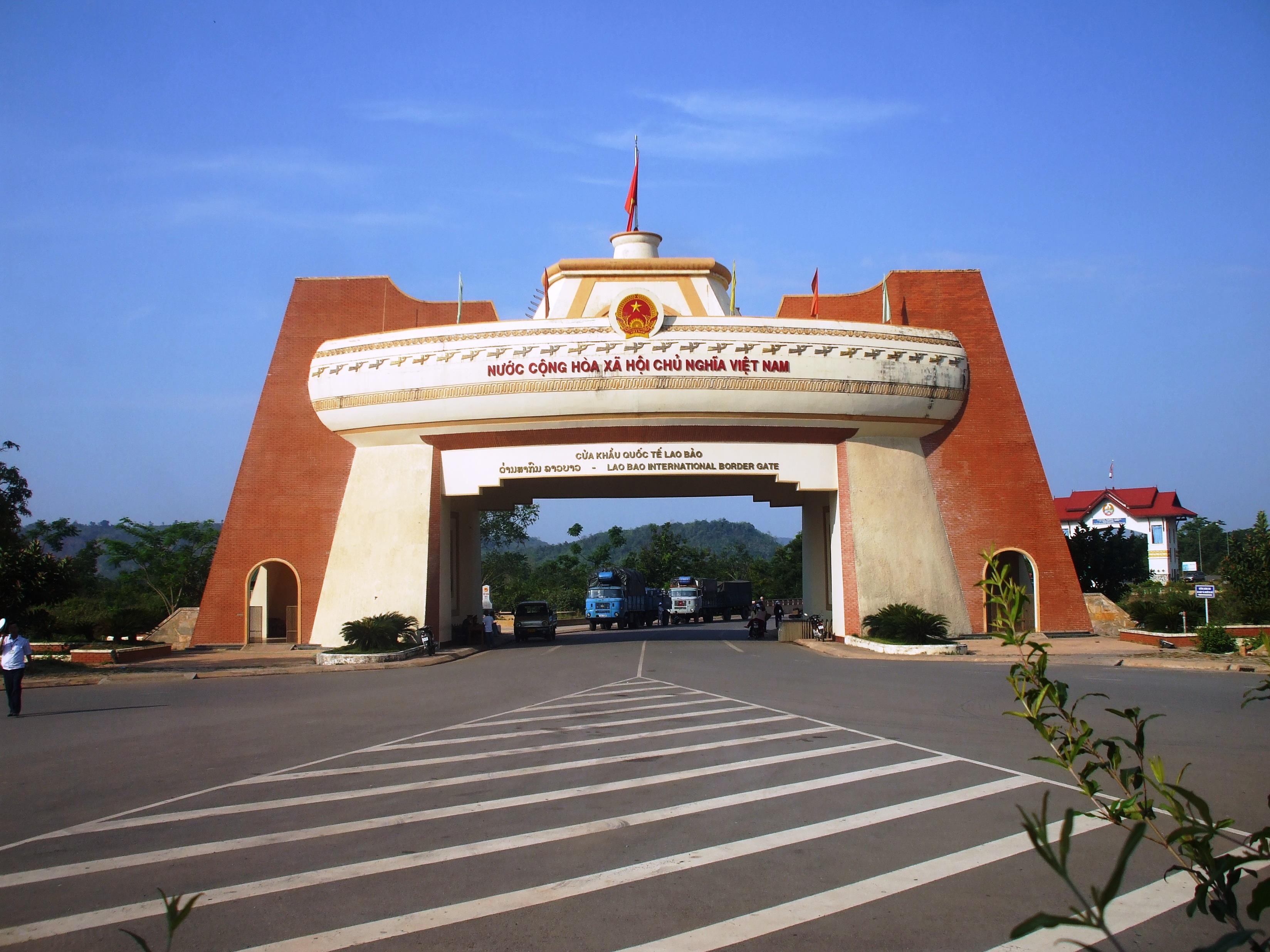 Quyết định phê duyệt Nhiệm vụ Quy hoạch chi tiết xây dựng Khu trung tâm cửa khẩu Đăk Ruê, xã Ea Bung, huyện Ea Súp, tỉnh Đắk Lắk